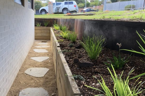 KMK-Dirtworks-Mornington-Retaining-Walls