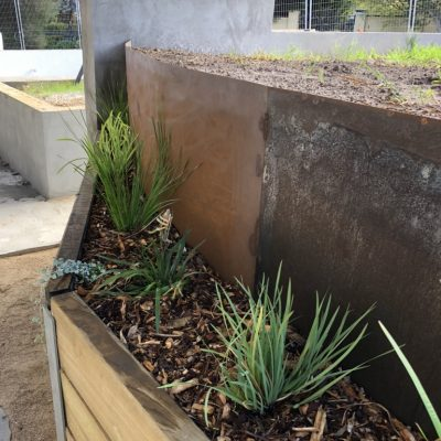 KMK-Dirtworks-Steel-retaining-walls